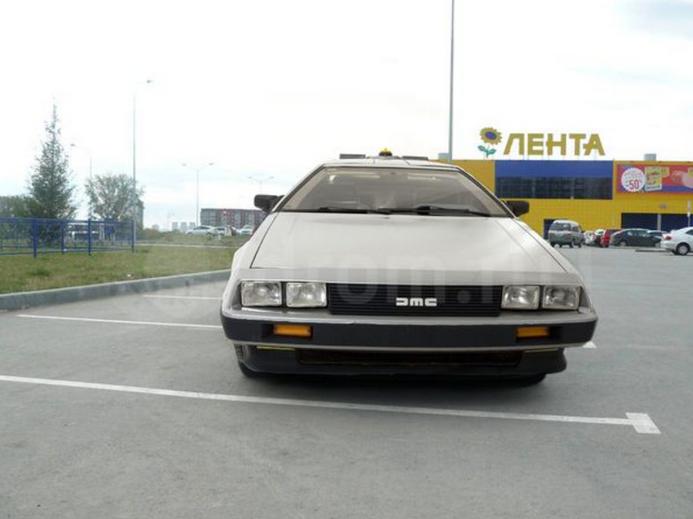 Машину времени из фильма «Назад в будущее» продали в Новосибирске за 140 тысяч рублей